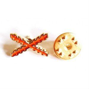 """Pin de traje de """"España Antigua"""" con cruz de Borgoña"""